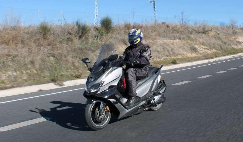 ¡El scooter GT de Daelim; XQ1 125D demuestra su robustez y fiabilidad!